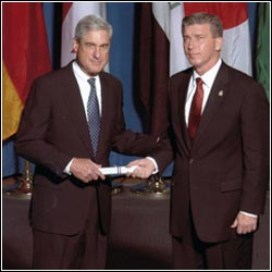 FBI Director Robert Mueller with South Florida Private Investigator Rick Reilly of R Reilly